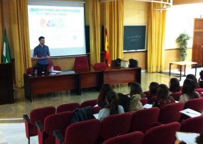Actuaciones psicologo del deporte. Psicología.UGR.2015